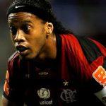Um dos novos ricos do futebol quer Ronaldinho