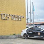 Três homens são presos e um menos apreendido por tráfico de drogas em São Pedro da Aldeia