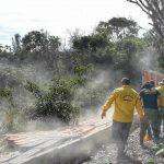 Ambiente e Inea demolem construções irregulares em Arraial do Cabo