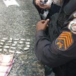 PM apreende drogas em Araruama