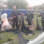 Fiscalização apreende redes e materiais de pesca irregular na Lagoa de Araruama