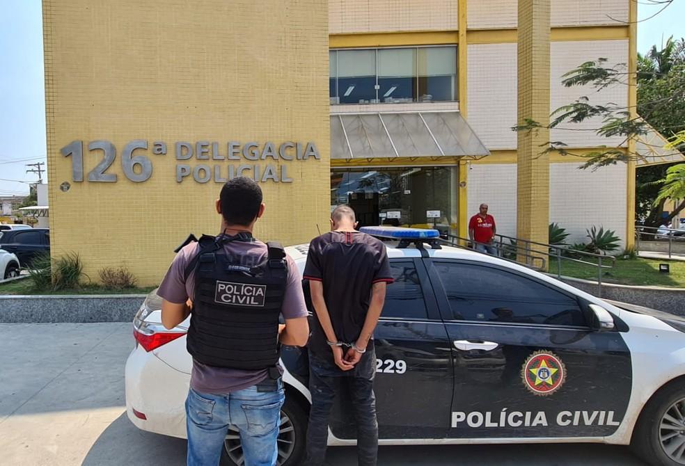 Polícia Civil divulga que dupla suspeita de matar motorista de aplicativo em Muriaé está presa