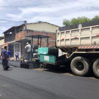 Moradores do bairro São João são beneficiados com asfalto