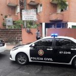 Operação mira funcionários da Prefeitura de Arraial do Cabo suspeitos de invadir e tomar terrenos à força